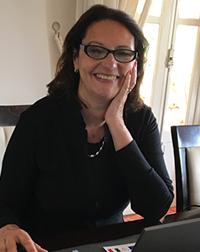 Profa. Dra. Aline Maria de Medeiros Rodrigues Reali